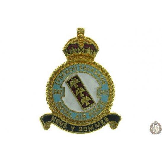 342 (French) Squadron Royal Air Force RAF Lapel Badge