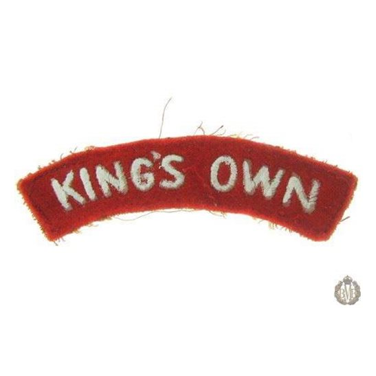 1I/151 -The Kings Own Regiment Small Cloth Shoulder Title King's