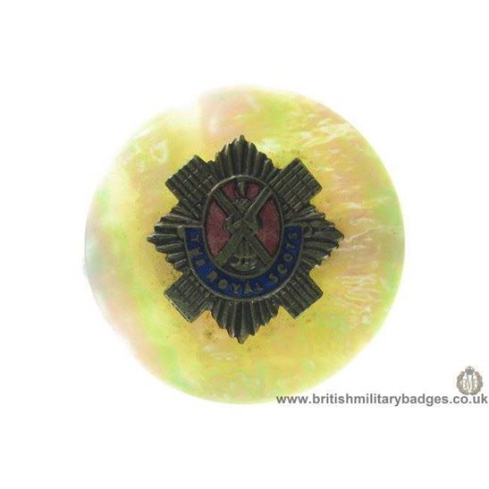 H1A/12: Royal Scots Regiment Mother of Pearl Sweetheart Brooch